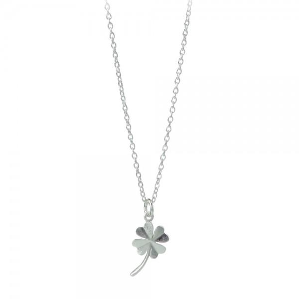 PERNILLE CORYDON Clover Necklace